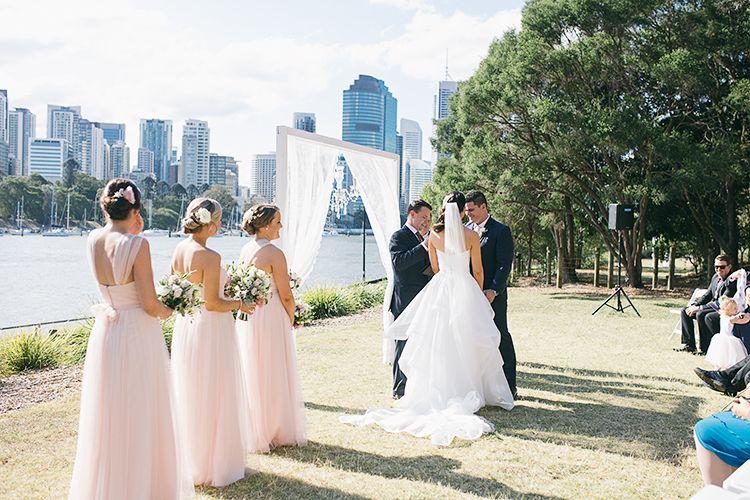 Pin Oleh Pamela Annett Wedding Di Wedding Ideas