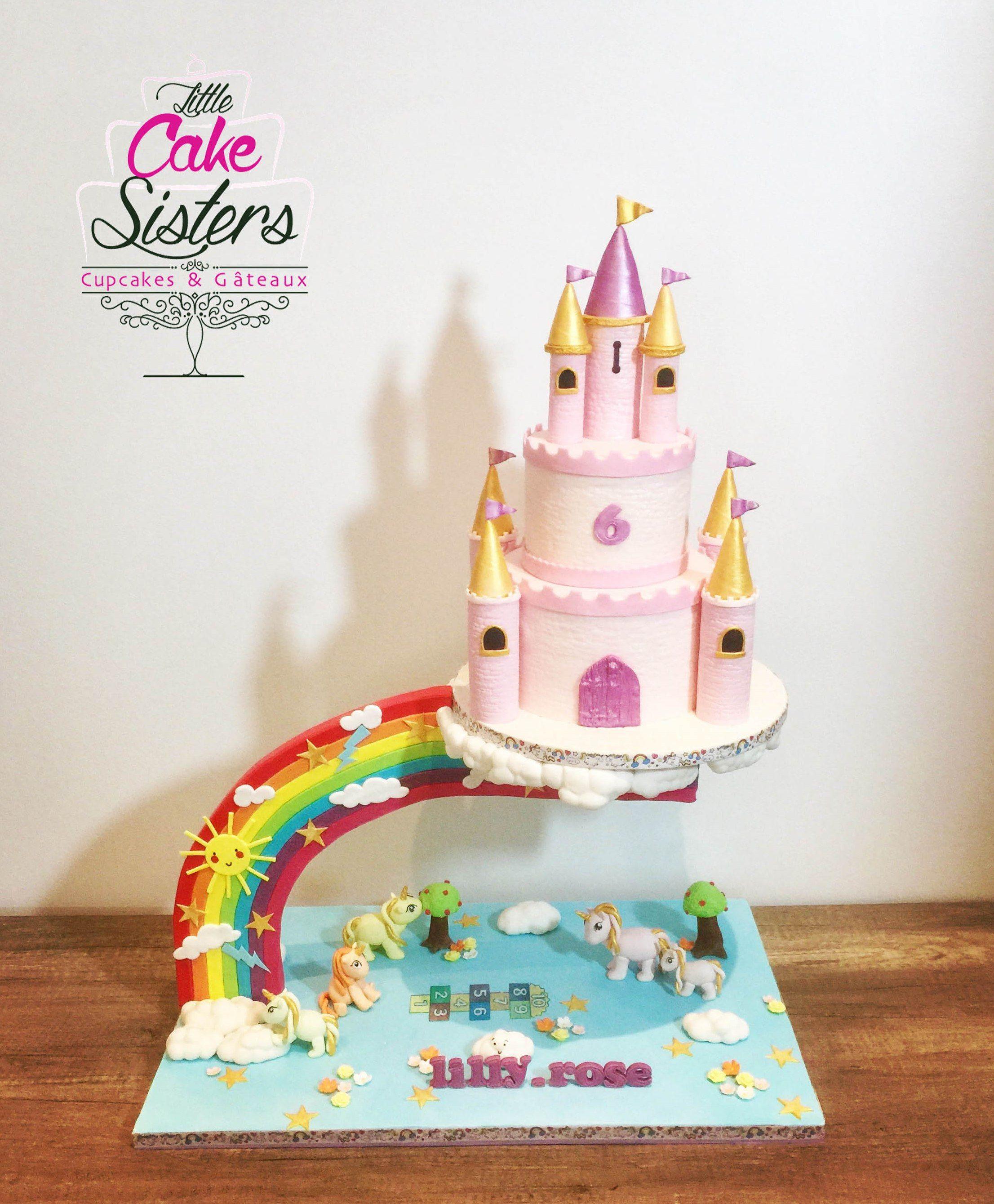 Gravity Cake Chateau Gateau Licrone Princesse Chateau Arc En Ciel Castle Cake Unicorn Rai Gateau De Princesse Gateau Princesse Disney Anniversaire Kawaii
