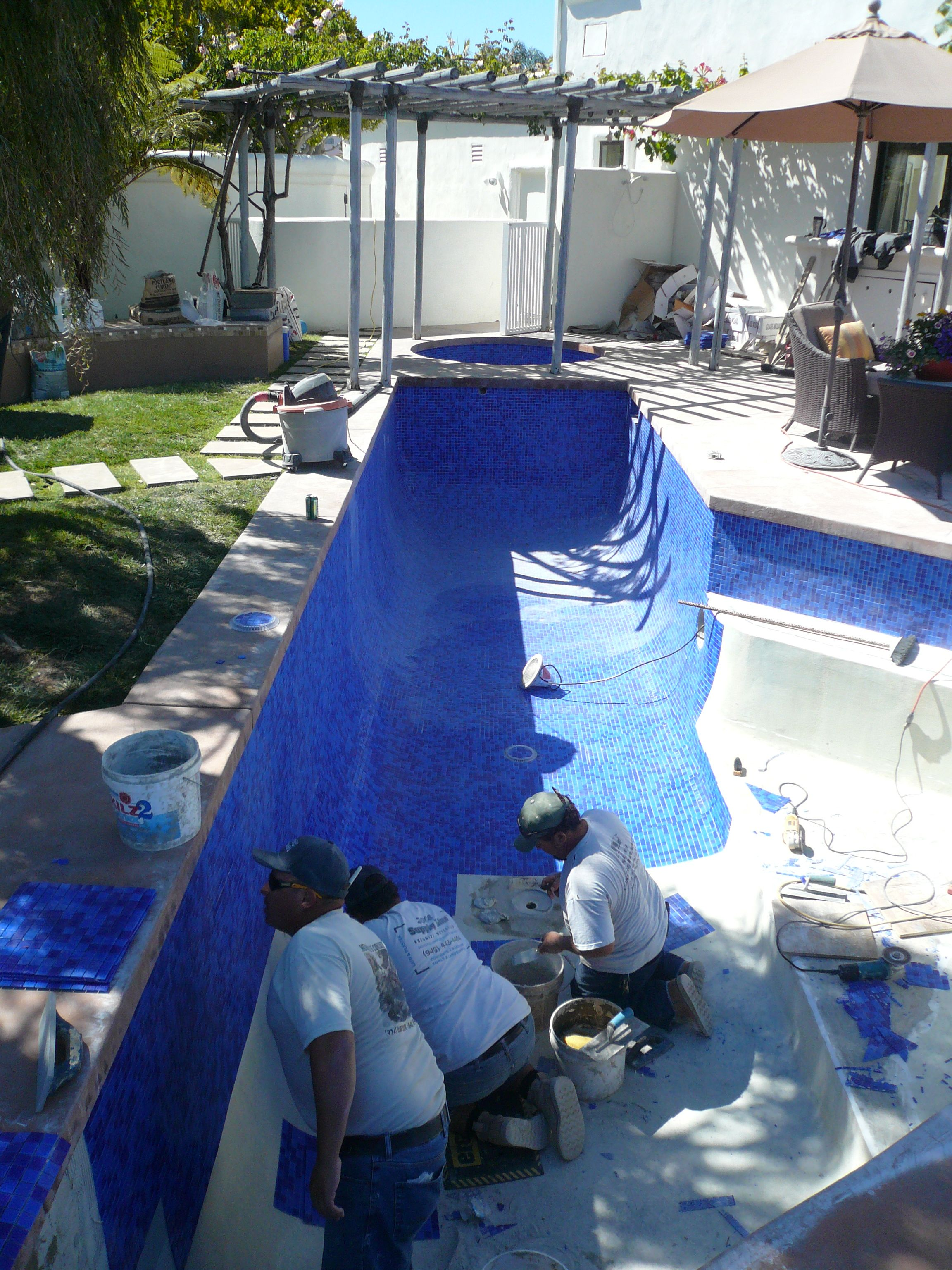 1x1 Blue Tile As Plaster Throughout Pool And Spa By Atlaspools