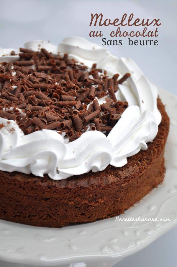 Ce gâteau au chocolat sans beurre est si moelleux, léger ...