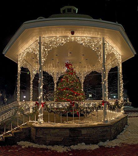 Panorama Of The Gazebo Christmas Wedding Outdoor Christmas Christmas Lights