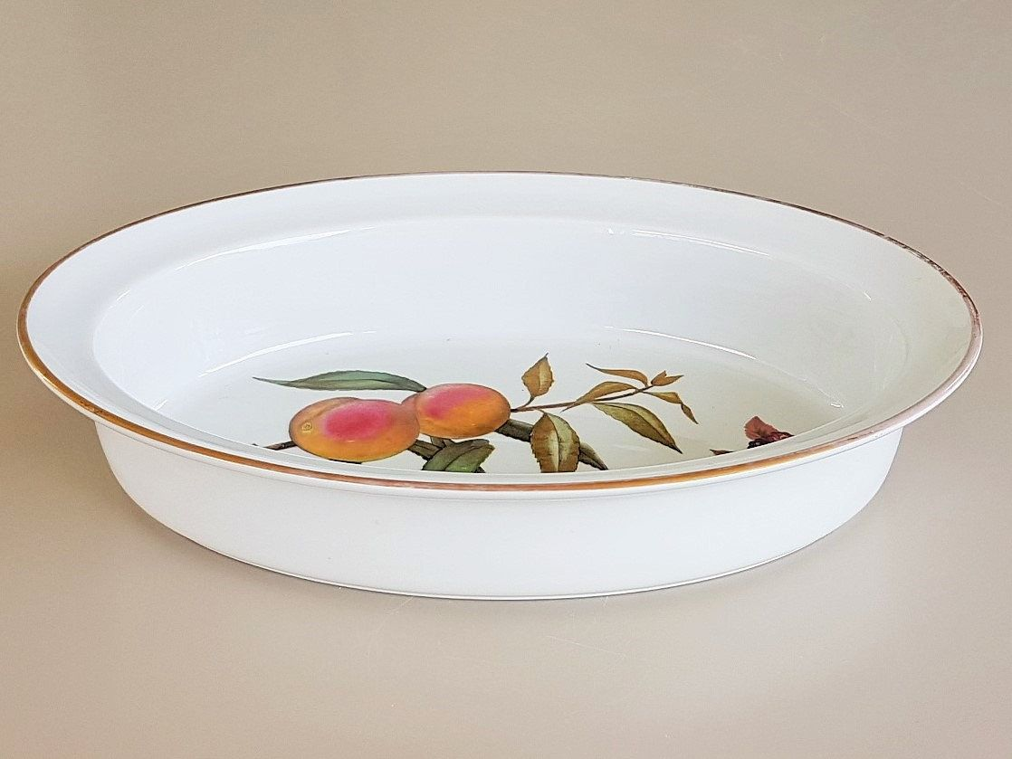 Lovely Evesham Casserole Dish Royal Worcester 1961. Gilt Rim With Peaches  And Blackberry Design, Fine Porcelain Oven To Table Ware, ...
