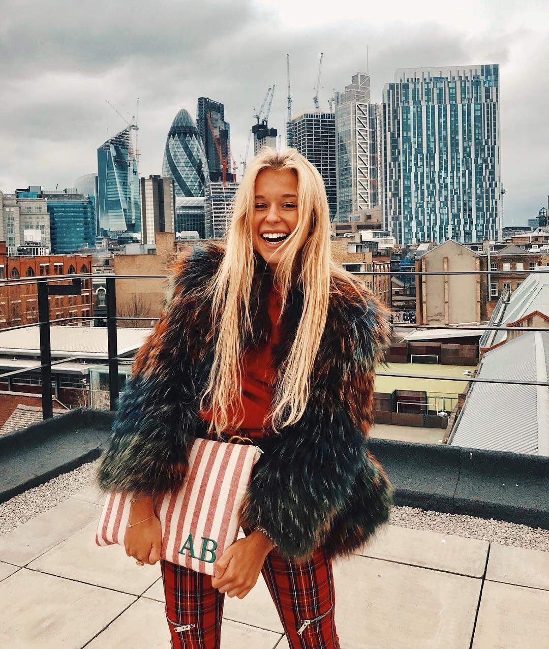 Andrea Thompson Hot pincloe thompson on andrea belver in 2019 | fashion, fur