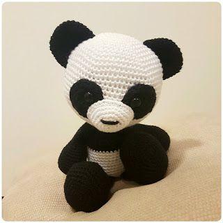 Panda Bear Crochet Amigurumi Pattern | 320x320