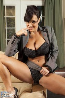 HOllywood Model Lisa Ann Hot Pictures