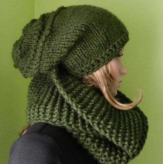 Super CHUNKY - hand knit HIPPIE Hat Scarf Set - Slouchy Hat and Tube ... 692cf6ea5b5