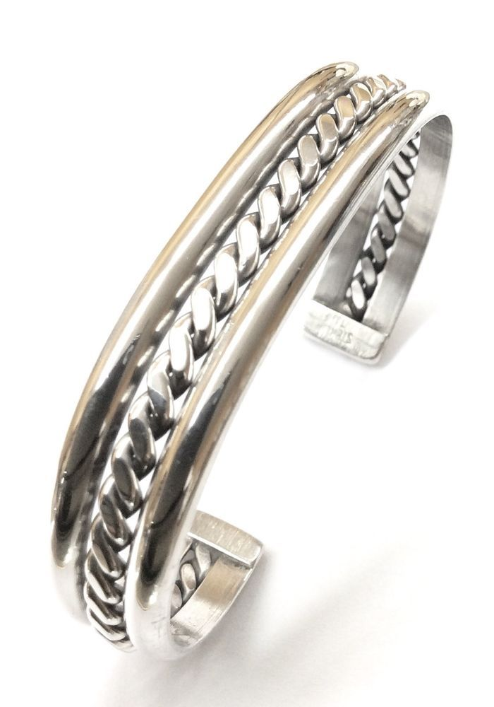 Sterling Silver Native American C041201 Indian Flat Twist Center Cuff Bracelet.