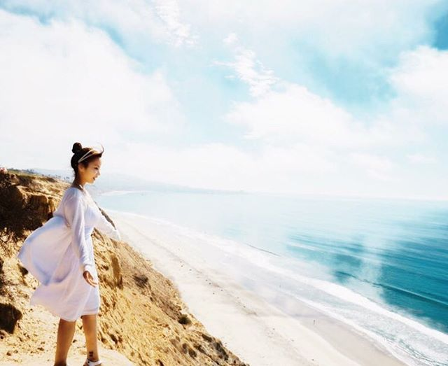My  T R A V E L  Review #18 . I'd like to hug everyone such an angel. Ven todos para mi. 안아드릴게요.🤗 #lajolla #sandiego #usa #niceweather #smile #happy #girlish #throwback #memory #real_miji #travel #traveller #worldtraveller #backpacker #travelgram #trip #journey #september #2016 #미국여행 #여행에미치다 #여행에미치다_미국 #설레여행 #여행스타그램 #nofilter #spring #young #wings #lajollalocals #sandiegoconnection #sdlocals - posted by My Name Is MJ  https://www.instagram.com/real_miji. See more post on La Jolla at…