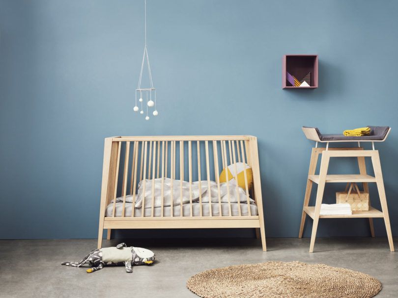 Attractive Leanderu0027s Linea Cot Takes Your Tot From Crib To Sofa   Design Milk Design