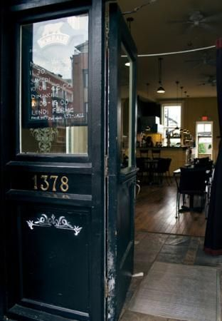Griffintown Montreal Breakfast Restaurants Cute Coffee Shop