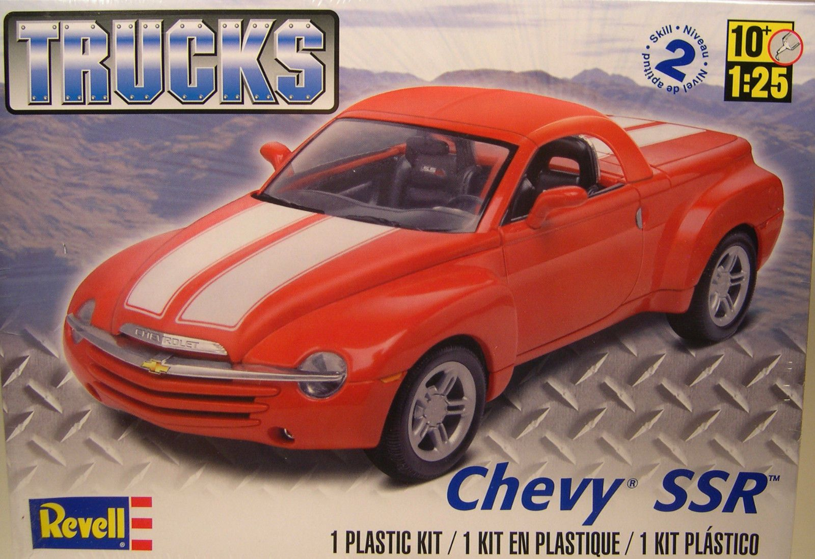 Chevrolet ssr trucks series 1 25 scale revell plastic model kit