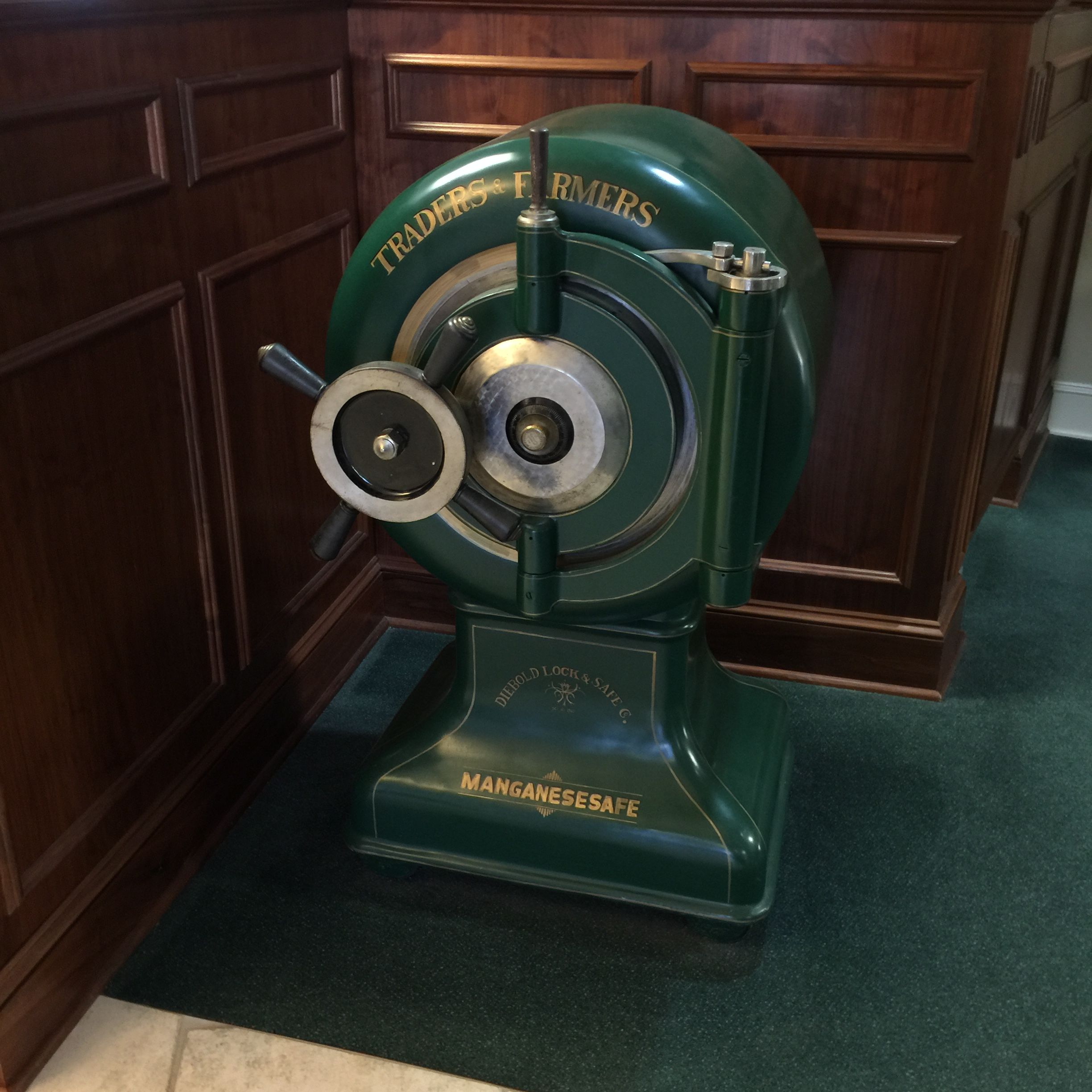 Diebold safe at Traders and Farmers Bank, Haleyville Alabama