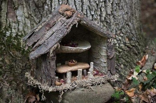 Grandma Can Make Fairy Houses From Forest Finds - Home Garden