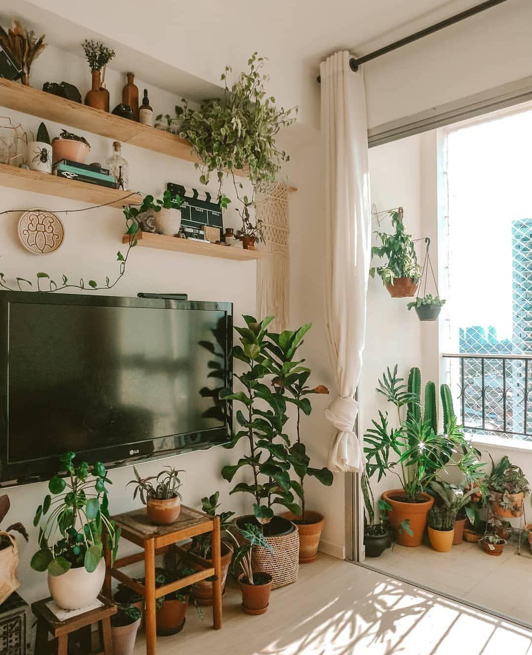 Diy Home Por Diego Rodrigues On Instagram Sala De Estar Com Pegada Urban Jungle Fonte Salateando Diyhomebr In 2020 Room Decor Home Home Decor Inspiration
