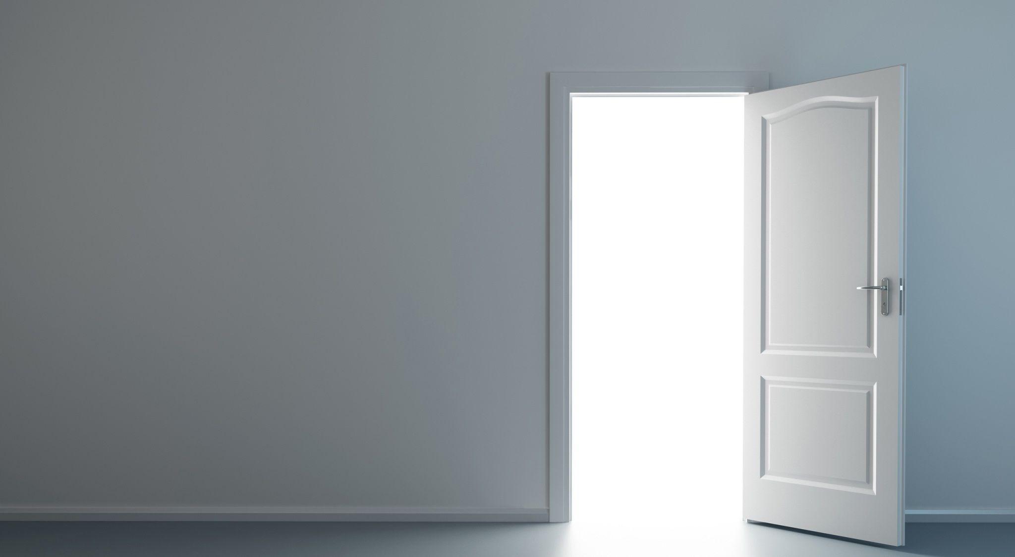 Open Door In A White Empty Room Hd Wallpaper Decoracion Hogar