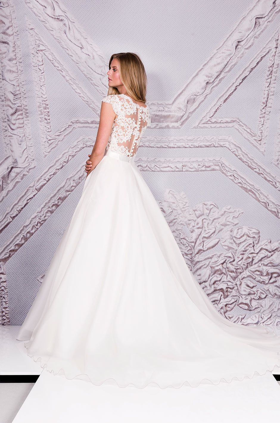 51819278a27f Suzanne Neville Cezanne | 2017 Collections | Wedding dresses ...