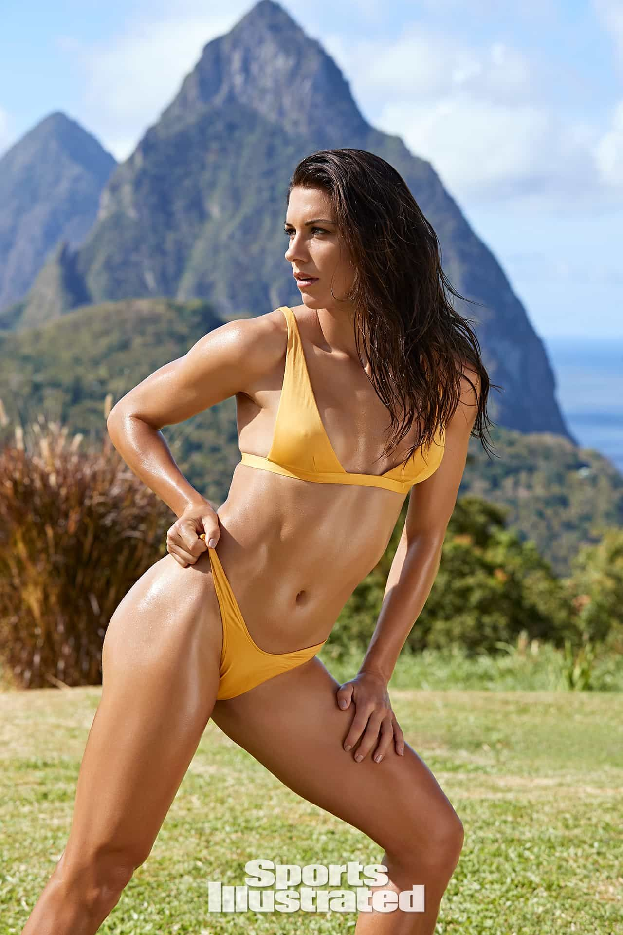Alex Morgan: Nude in Sports Illustrated! - The Hollywood