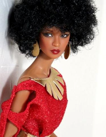 Gorgeous AA Barbie with natural hair!