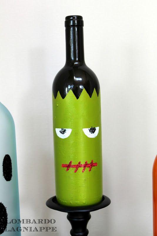 Decorations / wine bottles