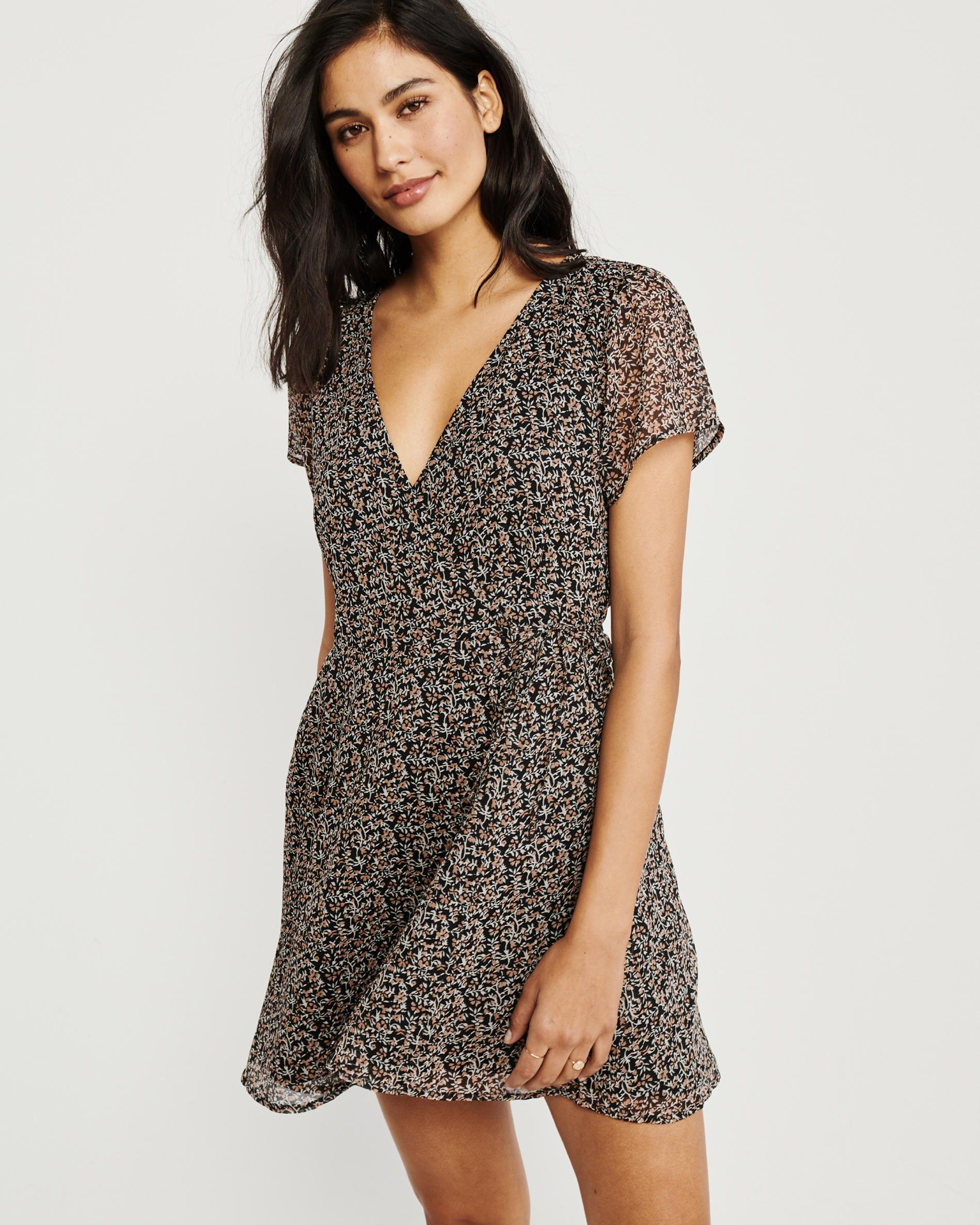 47++ Short sleeve wrap dress information