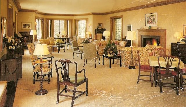 Edsel And Eleanor Ford S 1925 Estate As It Was In The 20 S Interior Decorating Inspiration Summer House Home