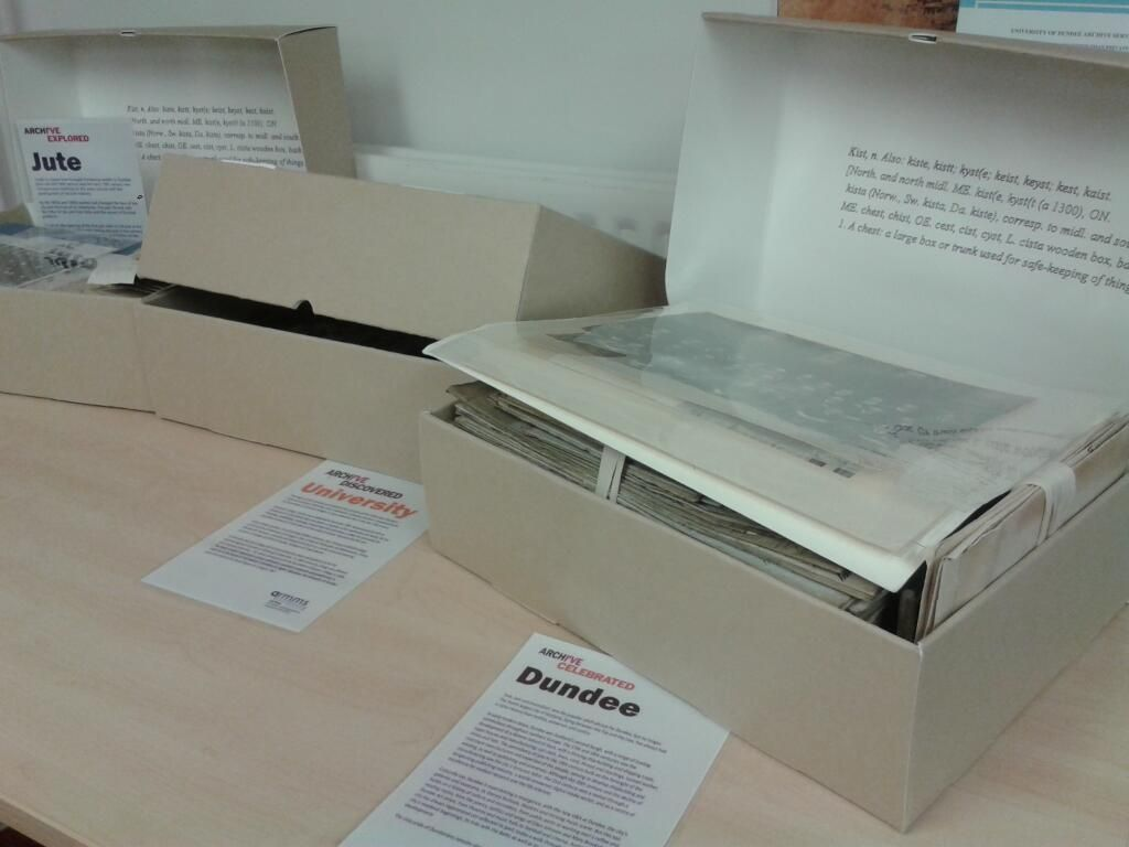 #archivos #archivosporelmundo We want you to come along to our searchroom, unlock the archive boxes and reveal their stories #exploreyourarchive pic.twitter.com/yl0gfM10mJ