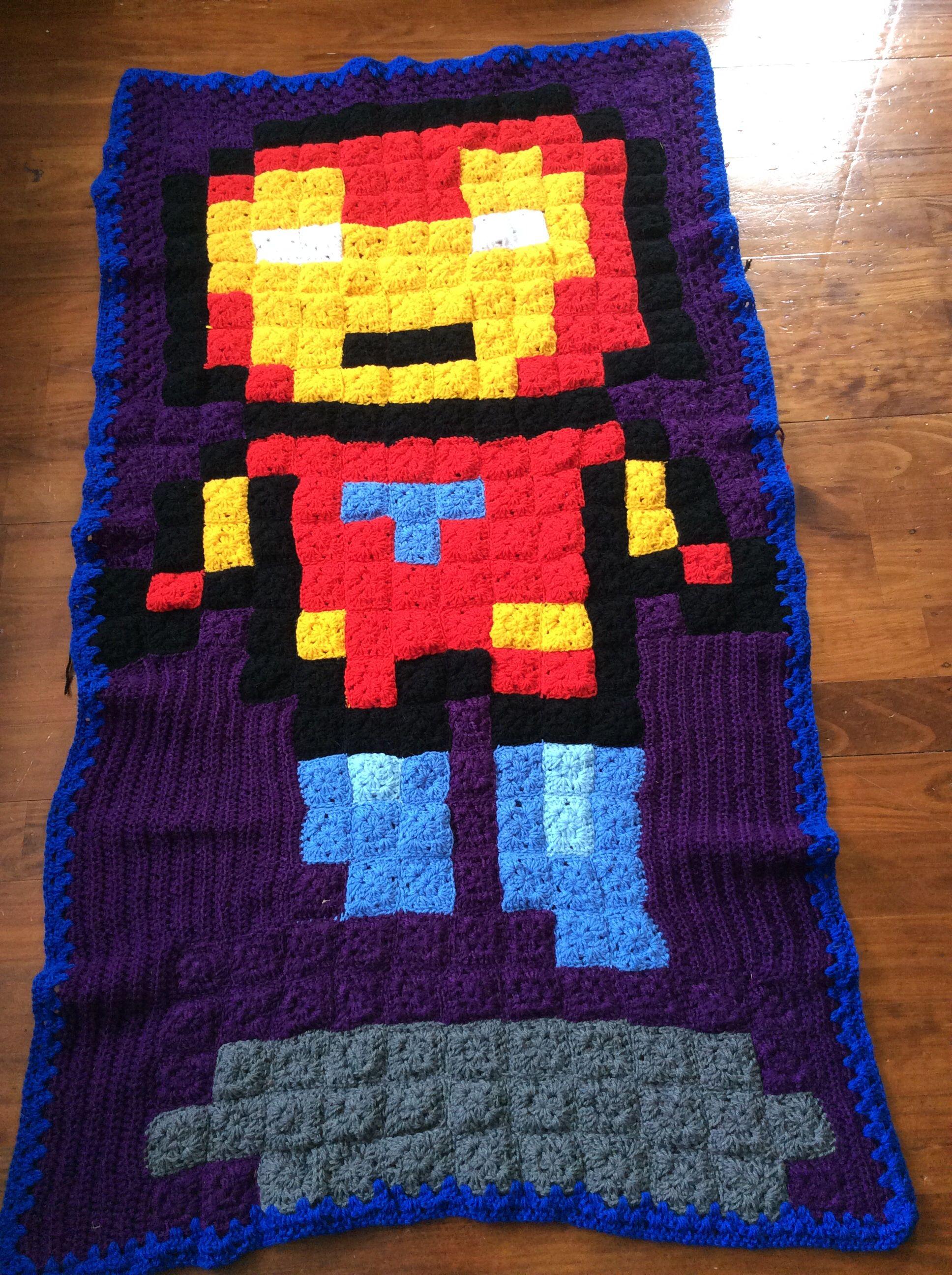 8bit Iron man granny square blanket. Crochet, minecraft pixel art ...