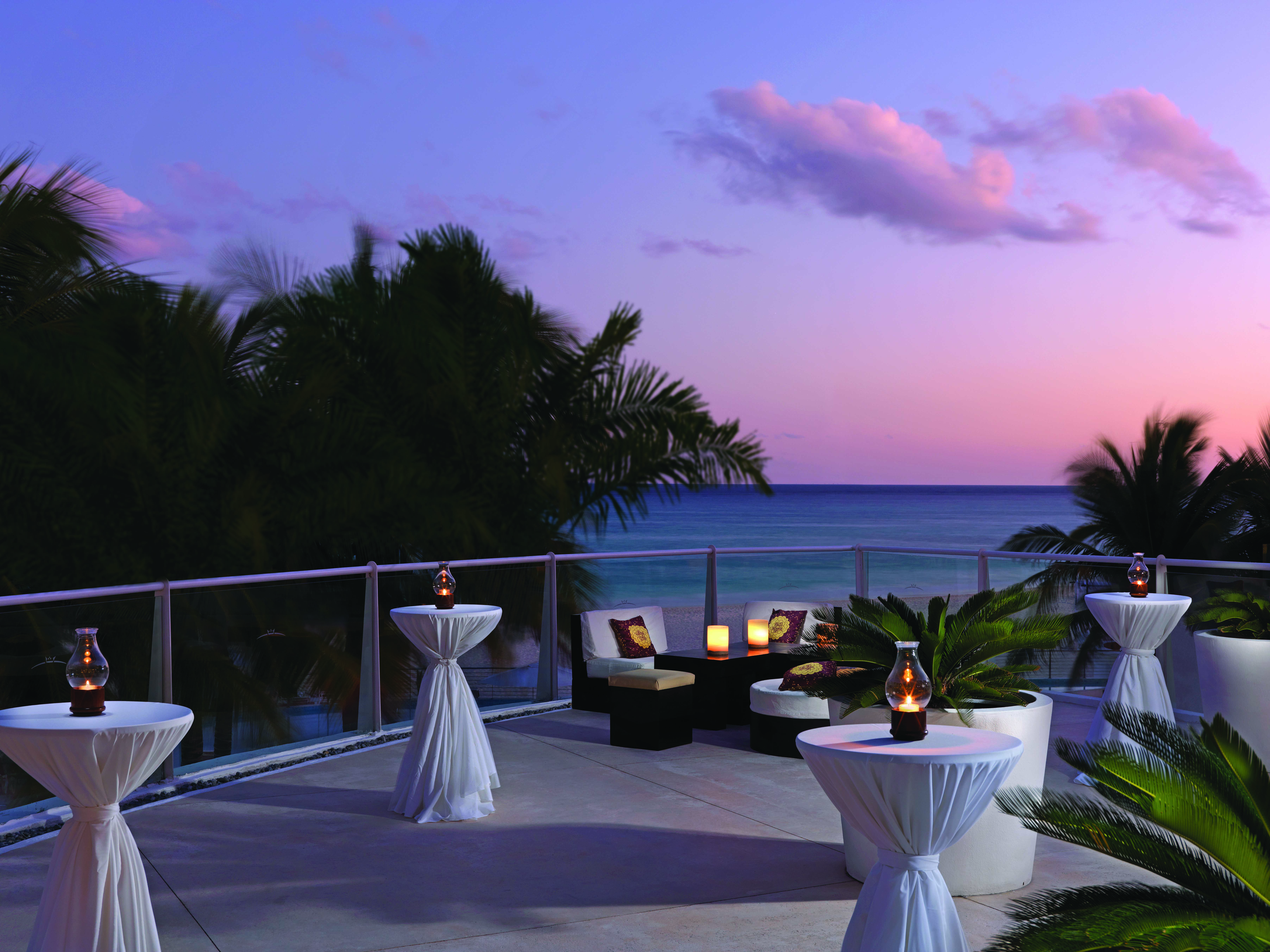 Private events at Playacar Palace weddings