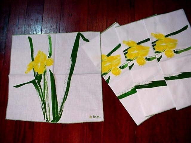 Vera yellow iris napkins