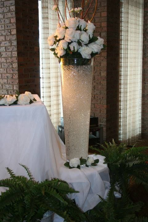 Tall Vase With Water Beads Water Beads Tall Vases Event Design