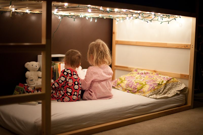 Ikea kura with christmas lights kids 39 room pinterest for String lights for bedroom ikea