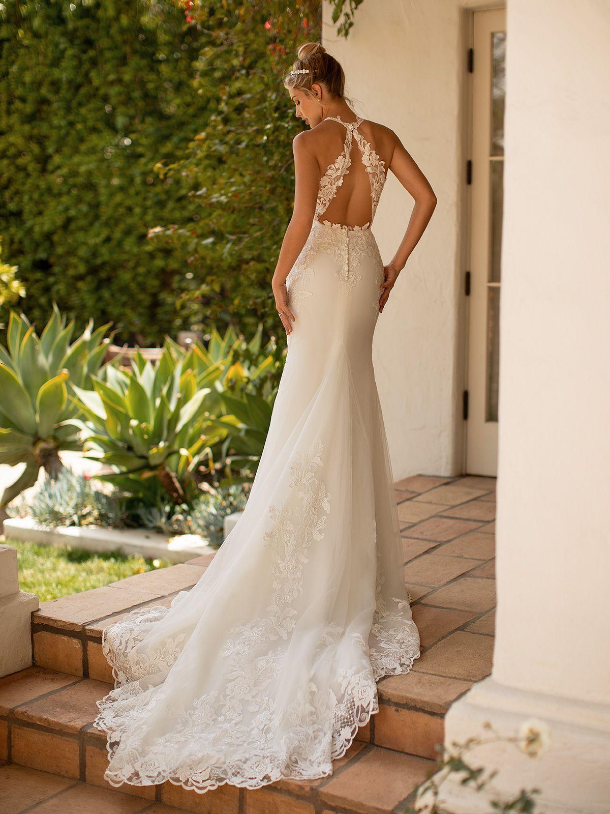 Pin On Elegant Wedding Dresses [ 1600 x 1200 Pixel ]