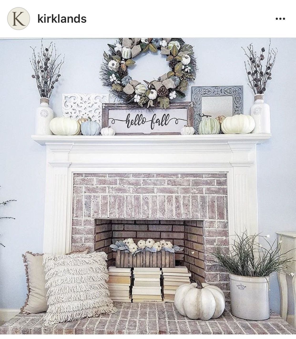 38 Outstanding Farmhouse Fireplace Ideas - #fallmantledecor