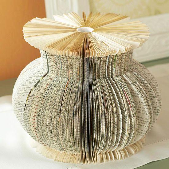 email impression voici une id e trouver un vieux livre pour un vase pour le mod le dessiner la. Black Bedroom Furniture Sets. Home Design Ideas