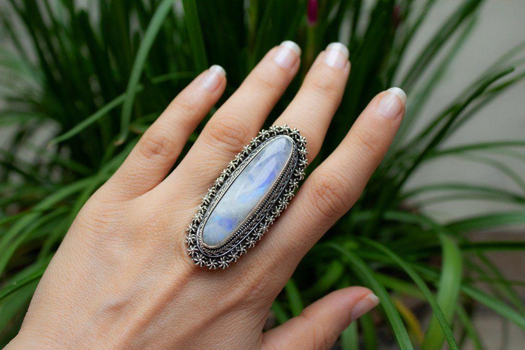 Beautifully handmade moonstone gemstone ring made with 100