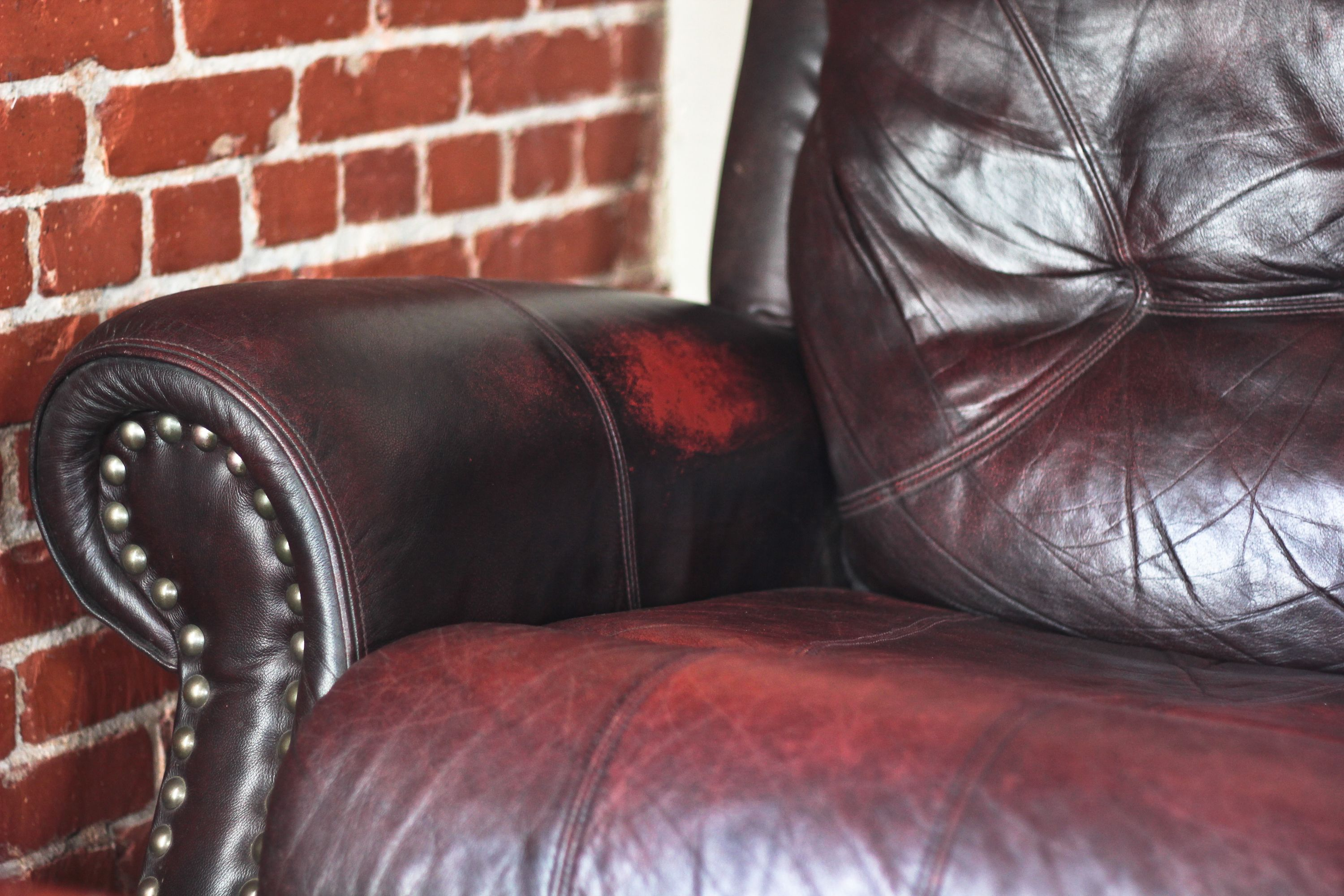 How To Prevent Sweat On A Leather Chair Leather