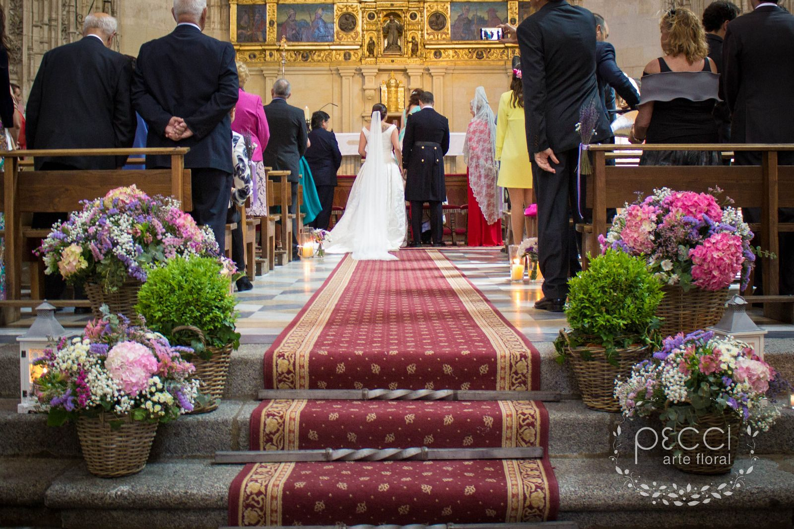 decoracin iglesia san juan de los reyes boda en toledo