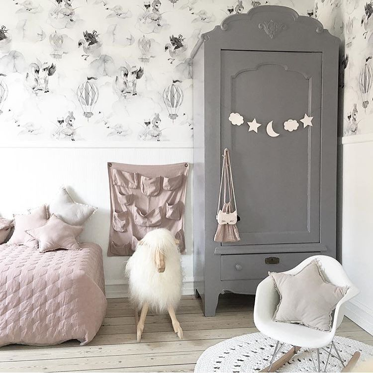 Dusty pink and grey, a sophisticated approach to girly. # ...
