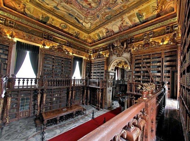 Biblioteca General de la Universidad de Coimbra. Portugal.