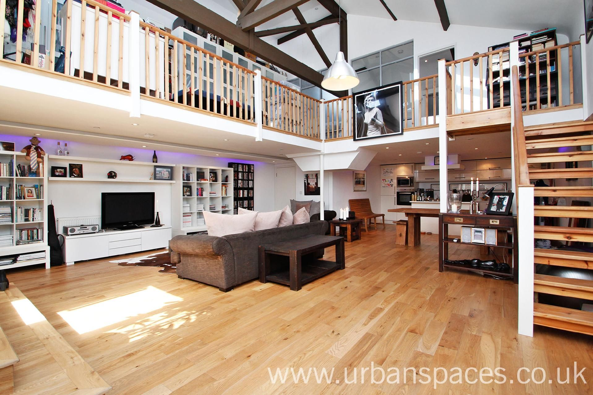 A Fantastic Two Double Bedroom Loft Style Apartment Within An Exclusive Gated New Development This Prop Loft Style Apartments Renting A House London Property