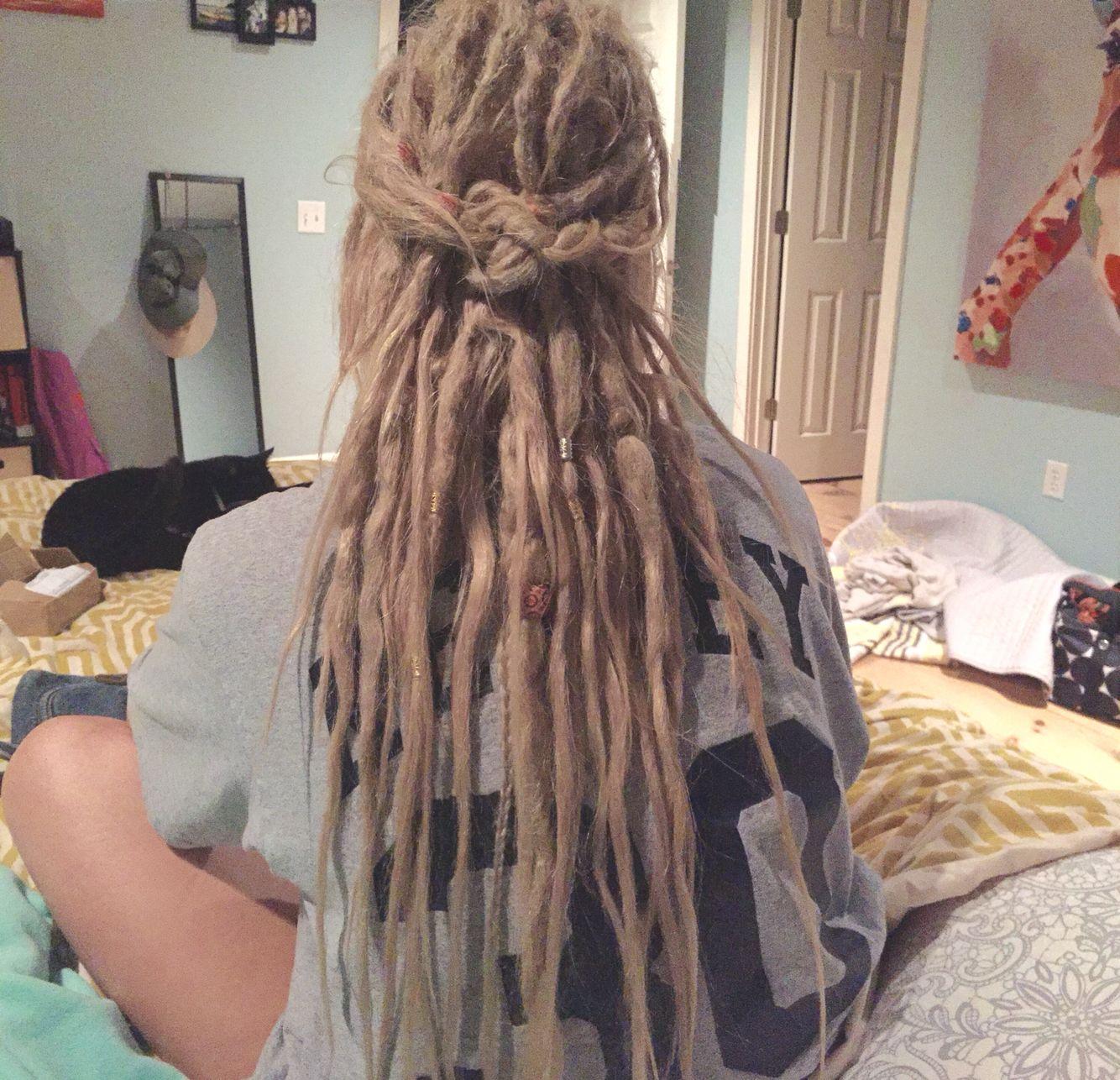 New Dread Beads R So Much Fun Blonde Dreads Blonde Dreadlocks Hair Styles