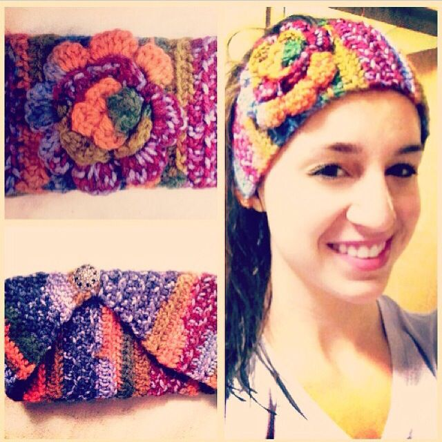 Ear warmer with flower