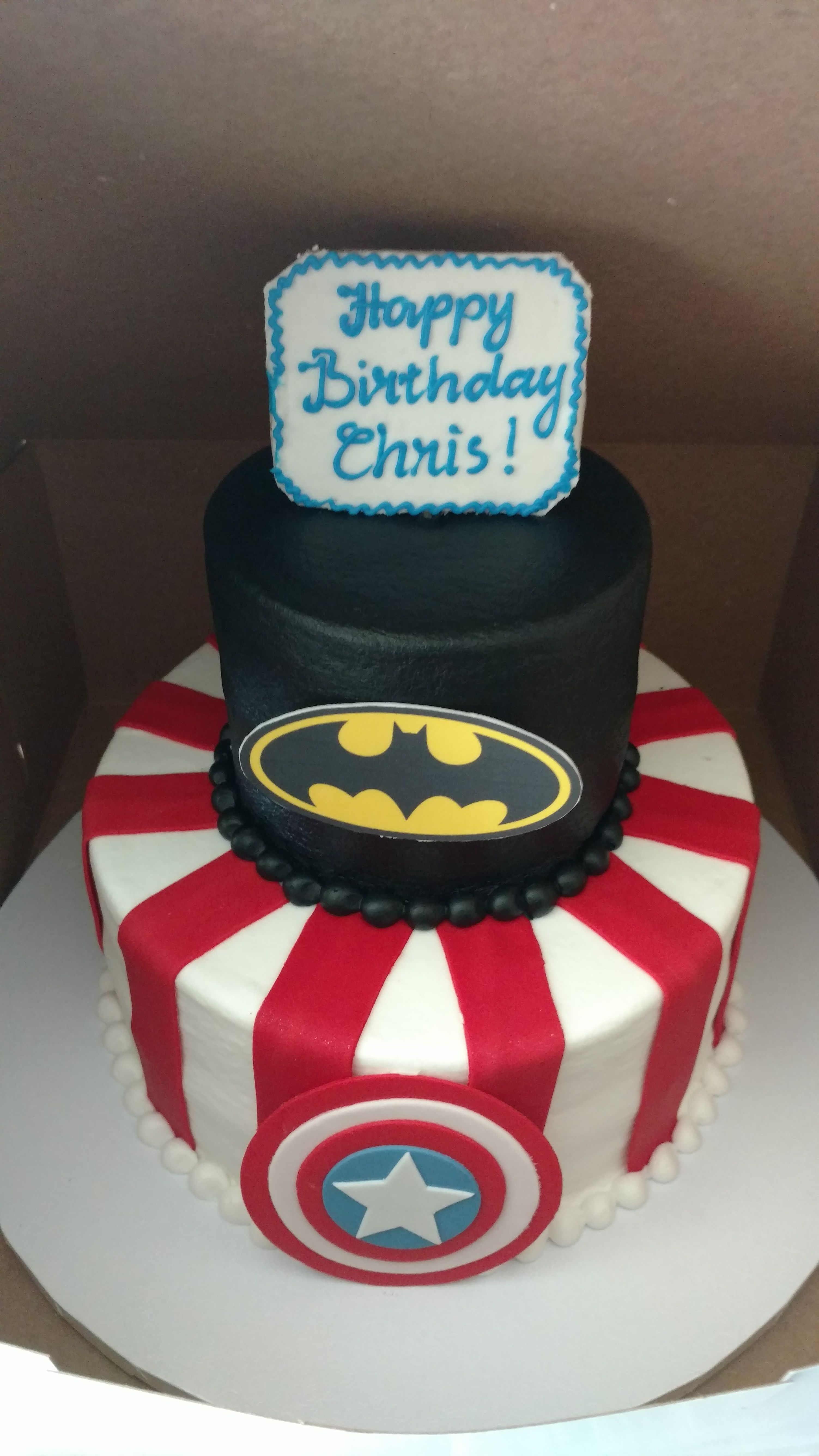 Marvel Cake Design Image Result For Superhero Giant Cupcake Marvel Birthday In True Superhero Fashion I Caked Up Some Marvel Avengers Mini Cakes And Joined Forces By Premiering
