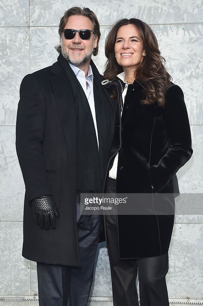 Russell Crowe and Roberta Armani arrive at the Giorgio Armani show during  Milan Men s Fashion Week Fall Winter 2016 17 on January 19 40193c5908d