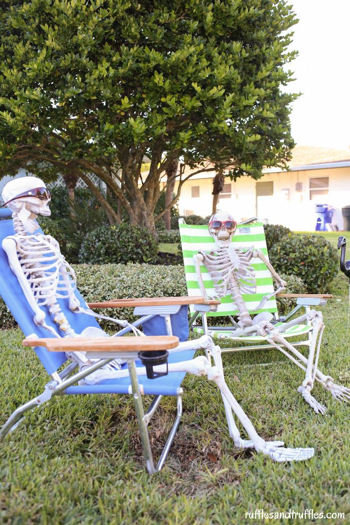 50 Best DIY Halloween Outdoor Decorations Halloween