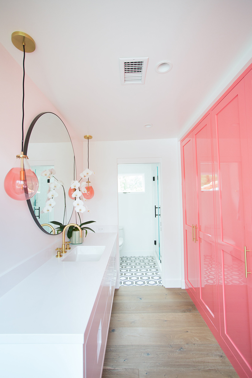 Pink Pow(d)er Room - Tracy Glover Studio - Officia