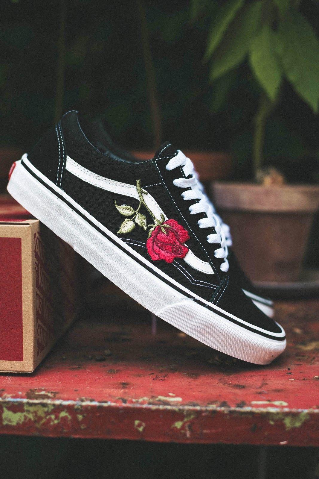 Vans Old Skool Custom Big Rose Patch Eur 37 48 Unisex Roses Flowers Sneaker Ebay Vans Shoes Women Rose Vans Shoes Black Vans Shoes