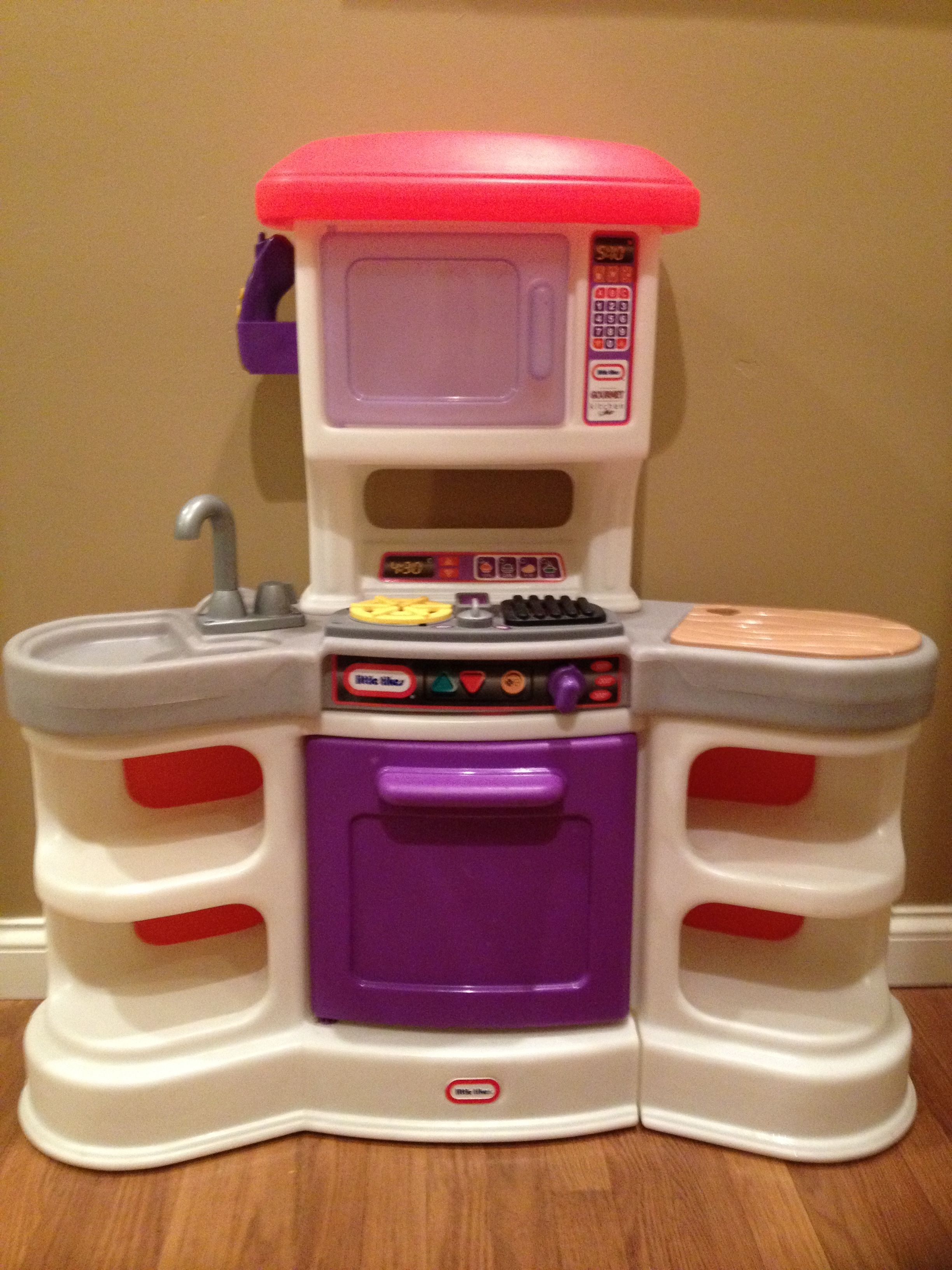 VINTAGE 1980'S KIDS LITTLE TIKES PARTY KITCHEN WITH MAKE