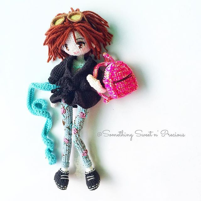 Julie in the same outfit with different look~ #dolloutfit #crochetdoll #Amigurumi ♡