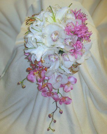 Easy Directions For This Bridal Bouquet Step By Step Photos Plus